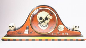 Halloween Skull Mantle Clock