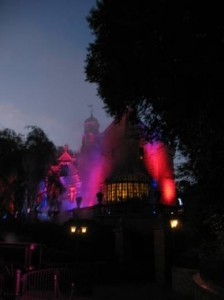 hauntedmansion_foggy