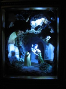 "Olszewski Gallery of Light Disney's Snow White and Dopey ""A Kiss for Dopey"""